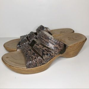 ABEO brown snakeskin leather wedge sandals